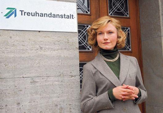 Johanna Christina Gehlen in der Rolle der Birgit Breuel