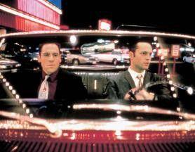 Ein wirklich schönes Auto! Jon Favreau (l.) und  Vince Vaugh