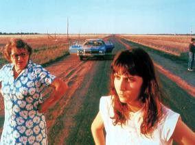On the road to nowhere - Geneviève Lemon (l.) und Karen Colston