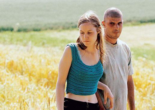 Nur scheinbar eine heile Welt: Adélaïde Leroux und Samuel Boidin