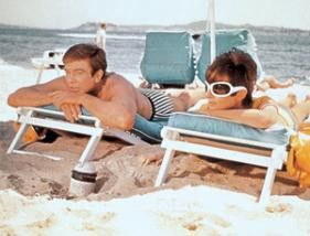 Hübsch hier, nicht? Albert Finney und Audrey Hepburn genießen die Sonne