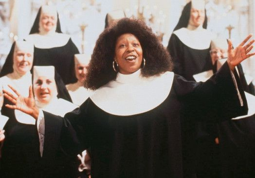 Überzeugt als singende Nonne: Whoopi Goldberg