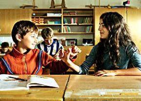 Zwei, die zusammenhalten: Fatima (Zamand Hägg) und Marcello (Ariel Petsonk)