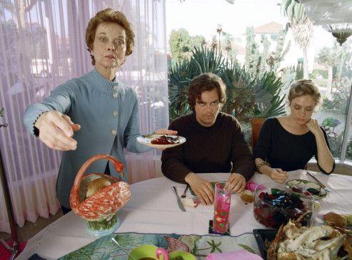 Brad (Michael Shannon) und seine Freundin Ingrid (Chloë Sevigny) fühlen sich bei Brads Mutter (Grace Zabriskie, l.) scheinbar nicht wohl