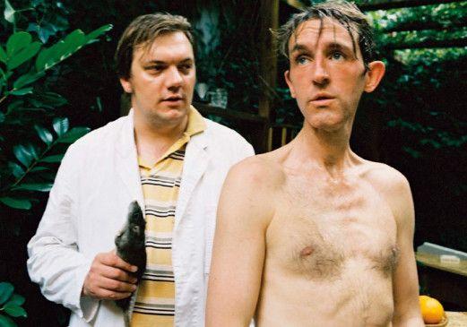 Hey Olle, du brauchst doch nicht in den Schwitzkasten, bist eh dürr genug! Charly Hübner (l.) und Andreas Schmidt