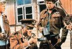 Ist das Kaffee oder Suppe? Richard  Attenborough und Charles Bronson  (2.v.r.)