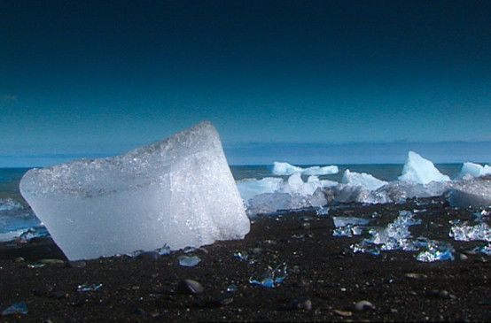 Gletscherreste auf Island - fotografiert von  Alfred Ehrhardt