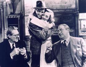 Auch in einer total bekloppten Familie kann man  glücklich sein! Lionel Barrymore, James Stewart,  Jean Arthur, Edward Arnold (v.l.)