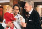 Langsam nervt das Kind aber! Harald Juhnke (r.)  und Dieter Landuris
