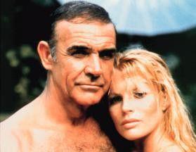 Gute Miene zum bösen Spiel! Sean Connery und Kim  Basinger