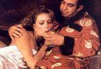 Gangster zu sein ist schon ein cooler Job: Susan  Blakely und Ben Gazzara beim Champus-Süffeln