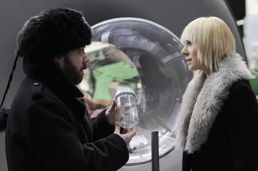 Die Suche nach seiner Seele führt Paul  (Paul Giamatti)  und Nina (Dina Korzun) nach Russland