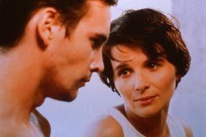 Sei nicht traurig Martin! Juliette Binoche tröstet Alexis Loret