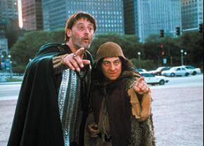 Schaut, Herr! Hier ist es auch gar fürchterlich!  Christian Clavier (r.) und Jean Reno