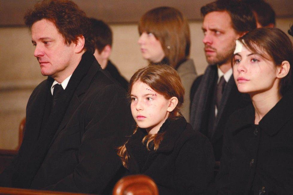 Sie trauern im Ehefrau und Mutter: Vater Joe (Colin Firth) mit seinen Töchtern Mary (Perla Haney-Jardine, M.) und Kelly (Willa Holland)