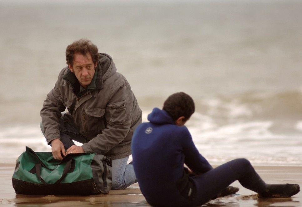 Alles wird vorbereitet: Vincent Lindon (l.) hilft Firat Ayverdi