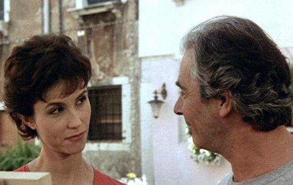 Miriam (Alessandra Martines) begegnet Pierre (Pierre Arditi)