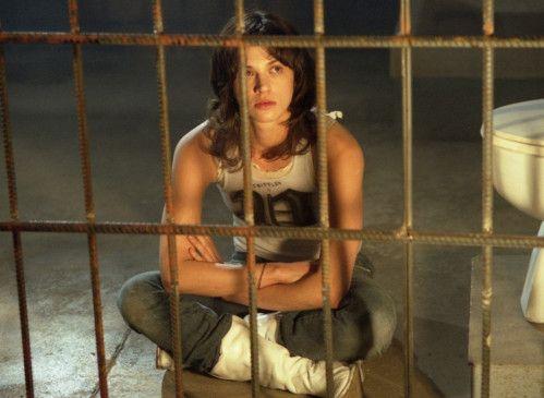 Gina (Asia Argento) wird von einem Psychopathen gefangen gehalten