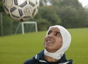Jamilla liebt das Fußballspiel - gegen alle Widerstände