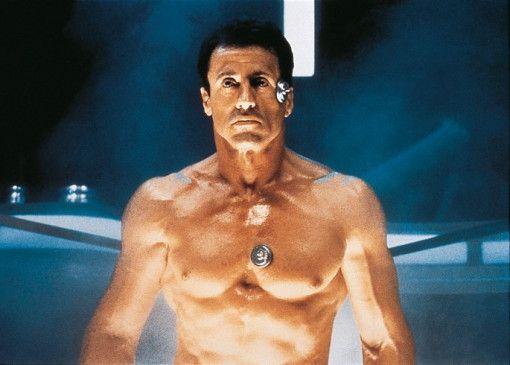Sylvester Stallone als Future-Cop John Spartan