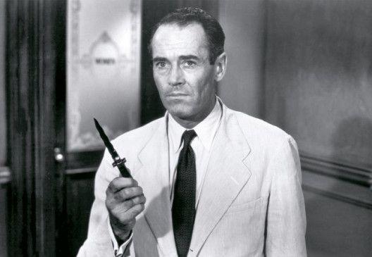 Henry Fonda glaubt nicht an die Schuld des Angeklagten