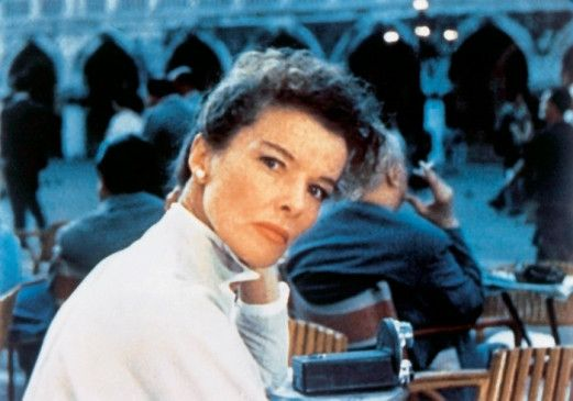 Jane Hudson (Katharine Hepburn) verliebt sich in Venedig