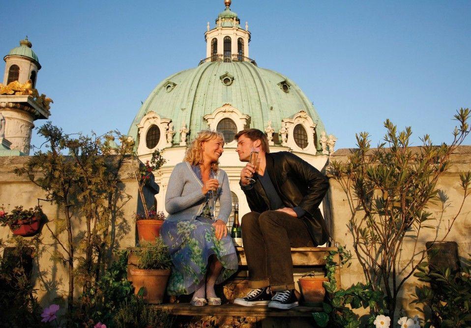 Glücklich in Wien: Martina Haag und Nikolaj Coster-Waldau