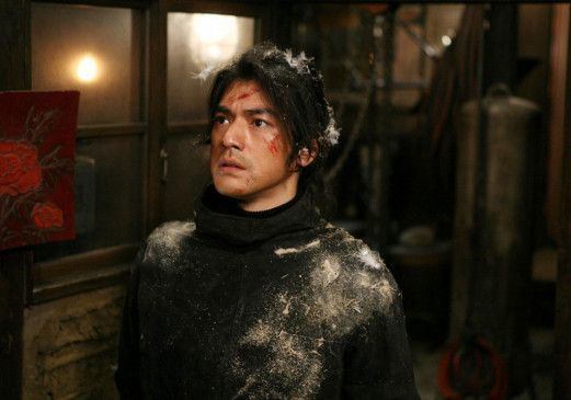 Ich bin nicht K-20! Takeshi Kaneshiro als Zirkusakrobat