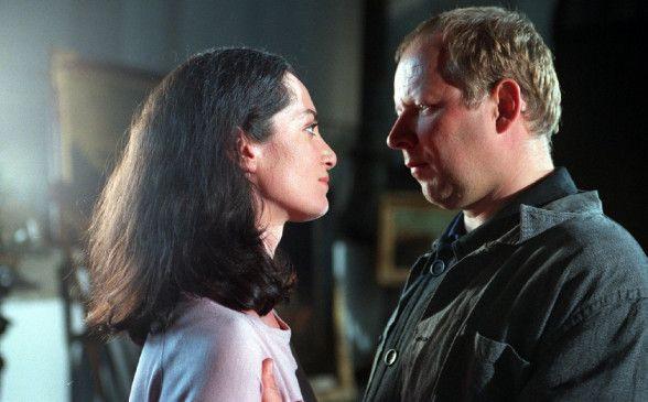 Lean (Natalia Wörner, mit Axel Milberg) als Objekt der Begierde