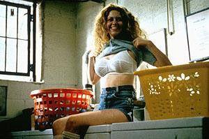 Habe ich nicht schöne Möpse? Natasha Lyonne als  Vivian Abramowitz