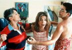 Loli (Victoria Abril) will verhindern, dass Laurent (Alain Chabat) auf ihre Geliebte Marjo (Josiane Balasko, l.) losgeht
