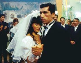 Ein seltsame Hochzeit, oder? Idil Üner und Erdal Yildiz