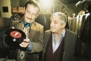 Da ist ja ein Loch in der Platte! Tilo Prückner  (l.) und Dieter Dos