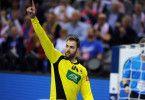 """Setzte sich bei """"Schlag den Star"""" gegen Profitänzer Massimo Sinato durch: Handball-Europameister Andreas Wolff."""