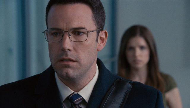 Christian Wolff (Ben Affleck) ist ein Mathematik-Fachmann, der mit Zahlen deutlich besser zurechtkommt als mit Menschen.