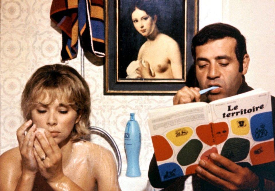 Corinne (Mireille Darc) und Roland (Jean Yanne) haben sich nicht viel zu sagen