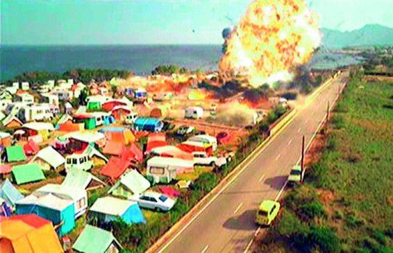 Die Gasladung explodiert, die Katastrophe nimmt ihren Lauf