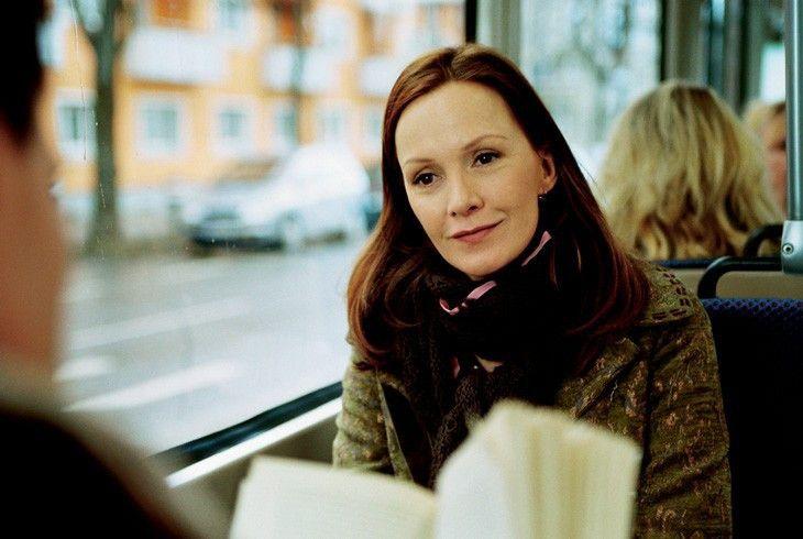 Schnüffelt gern herum: Katja Flint als Kosmetikerin Franziska