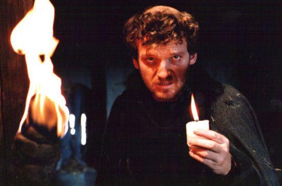 Gabriel Barylli überzeugt in der Rolle des Ekkehard