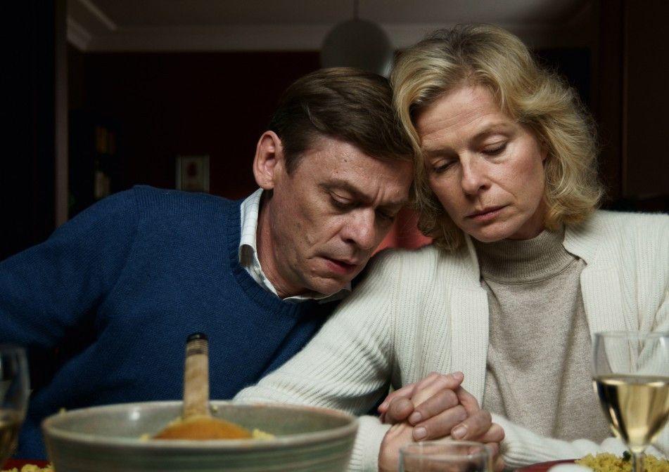 Vermissen ihren Sohn: Sylvester Groth und Corinna Kirchhoff