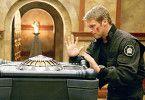 Daniel (Michael Shanks) vor der mysteriösen Kiste