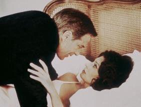 Wir können jetzt nicht schlafen, Schatz! John  Cassavetes und Sophia Loren