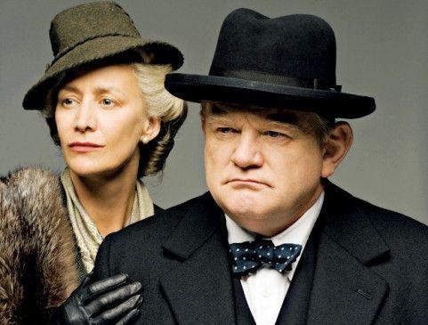 Blickt auf ein aufregendes Leben zurück: Winston Churchill (Brendan Gleeson, mit Janet McTeer)