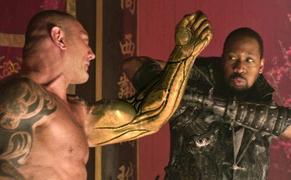 Fiese Kerle unter sich - Brass Body (Dave Bautista, l.) und Blacksmith (RZA) in Action