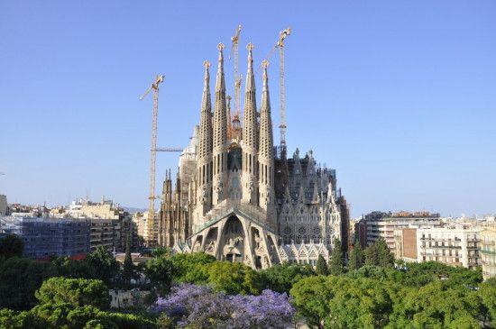 <i>Die</i> Touristenattraktion in Barcelona: die Sagrada Familia