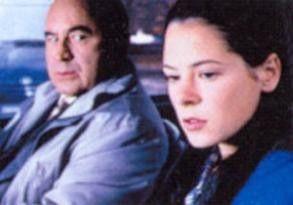 Ach, ich bin so unglücklich! Elaine Cassidy und Bob  Hoskins