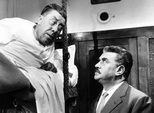 Mit mir ist nicht zu spaßen: Don Camillo (Fernandel) und Peppone (Gino Cervi, r.)