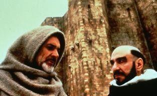 Wer killt das halbe Kloster? Sean Connery (l.) und  F. Murray Abraham grübeln