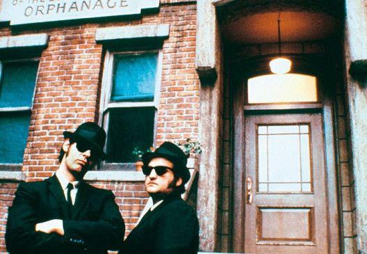 Starke Pose, starker Film: Dan Aykroyd (links) und  John Belushi