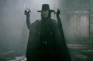 Auf in den Kampf! Hugo Weaving als Rächer unter einer Guy-Fawkes-Maske